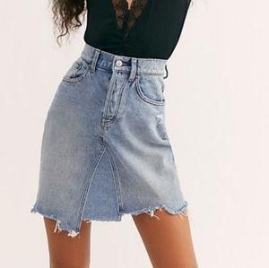 Free People high waisted denim skirt size 25